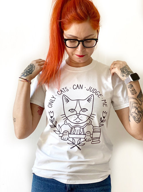 """ONLY CATS CAN JUDGE ME"" tee BIANCA"