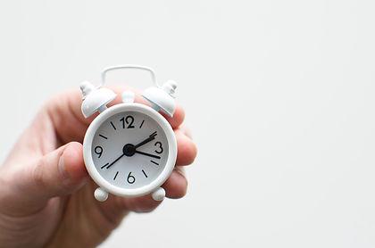 small alarm clock lukas-blazek-UAvYasdkz