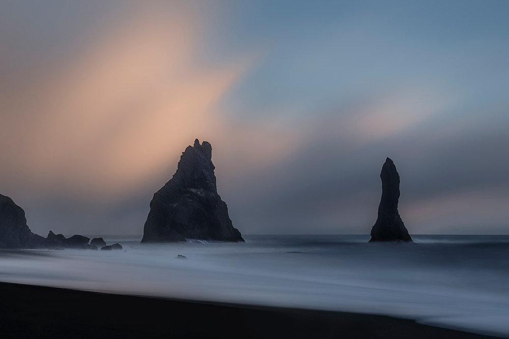 BLACK BEACH REYNISDRANGAR
