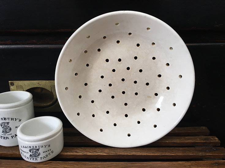 Antique French ironstone berry bowl Digoin & Sarreguemines