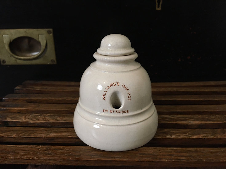 Antique ironstone Williams's ink pot