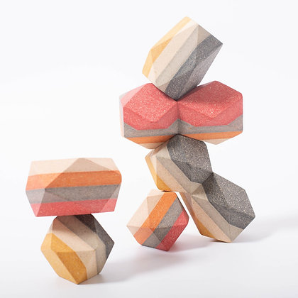 GEO Stacking Rocks קוביות גאומטריות שווי משקל