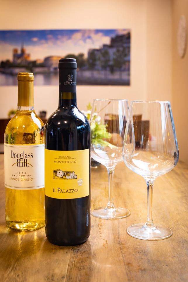 Douglas Hill, Pinot Grigio // Palazzo, Sangiovese and Cab Sauv