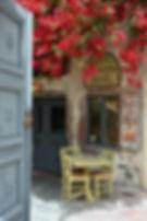 Santorini-taverna-The-Greekish-Life.JPG