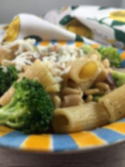 Greek-bean-broccoli-pasta-The-Greekish-L