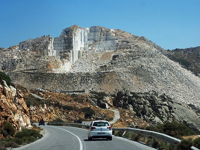 Naxos-quarry-Naxian-marble-mountain.JPG