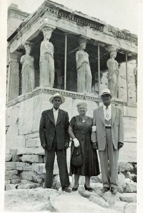 Acropolis-Athens-1950s-The-Greekish-Life