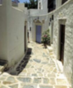 Filoti-village-narrow-alley-Naxos-Greece