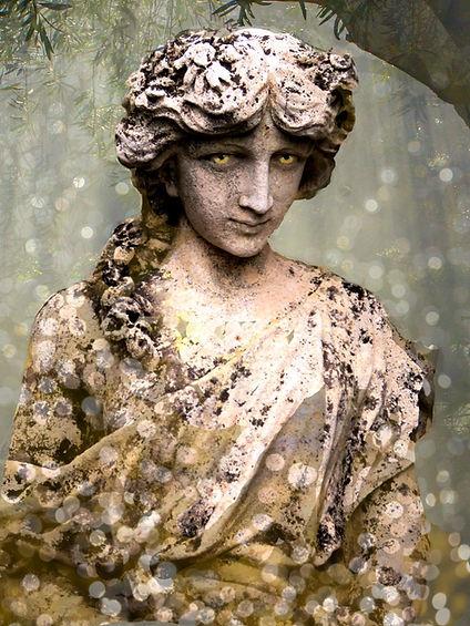 The-Greekish-Life-Circe.jpg