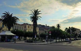 Nafplio-square.jpg