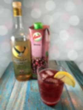 Menoume-Spiti-cherry-cocktail-The-Greeki