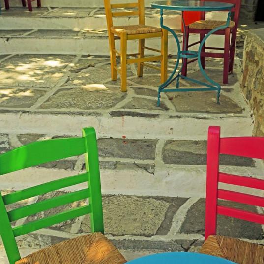 Bright chairs, Filoti
