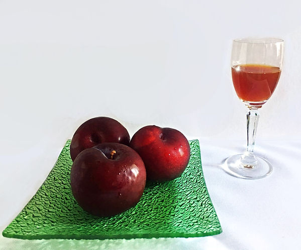 Easy-Plum-Cordial-recipe.jpg