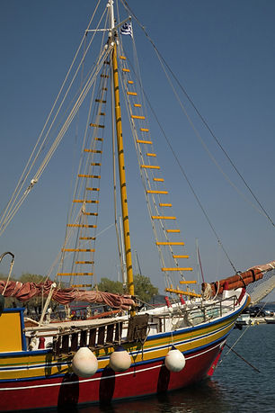 The-Greekish-Life-Travel-Samos-boat.JPG