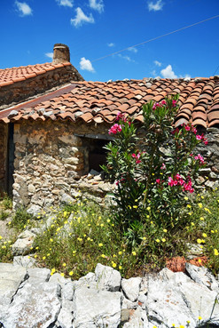 Arcadia-Greece-traditional-stone-house.J