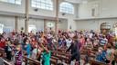 Fiéis celebram Nossa Senhora Aparecida
