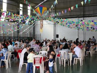 Tropeirão reúne família e comemora aniversário do Pe. Jorge