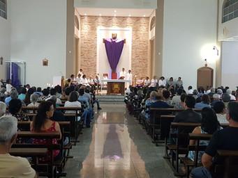 Quinta Santa: Amor e Serviço na instituição do Sacerdócio e da Eucaristia