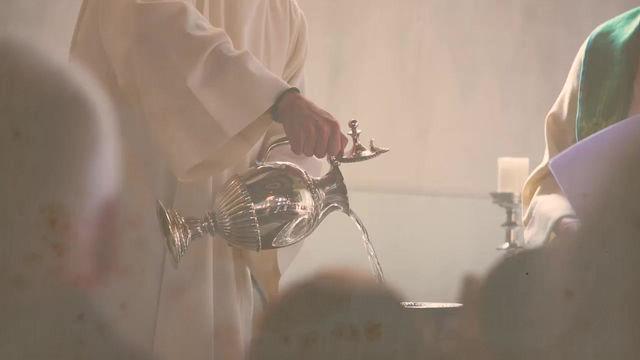 Rede Catedral transmite catequese de Batismo e Crisma a partir de 9 de maio