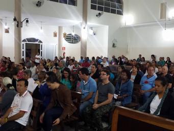 Formação: comunidade celebra missa parte por parte