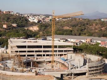 Trabalhos de edificação da Catedral Cristo Rei avançam com a ajuda dos fiéis