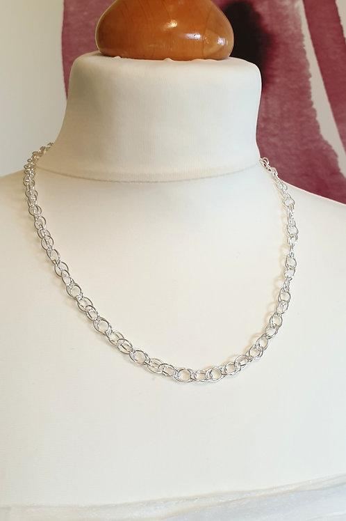 Zeitlos-klassische Halskette Silber