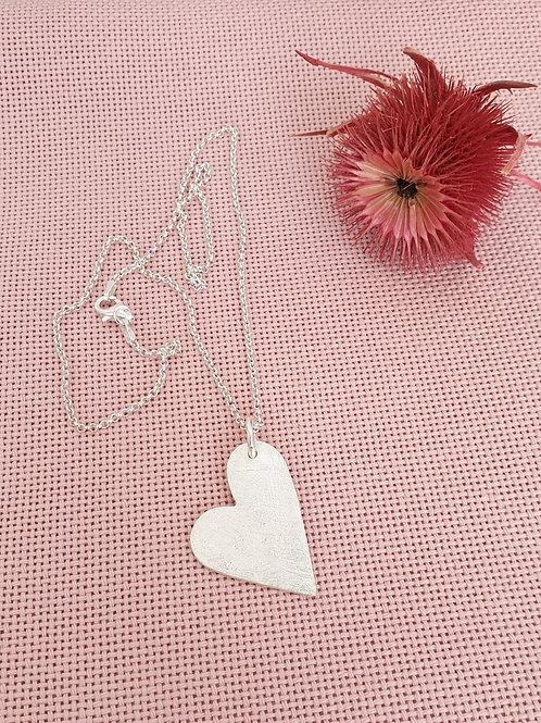 Eye-catcher kurze Halskette mit silbernem Herz