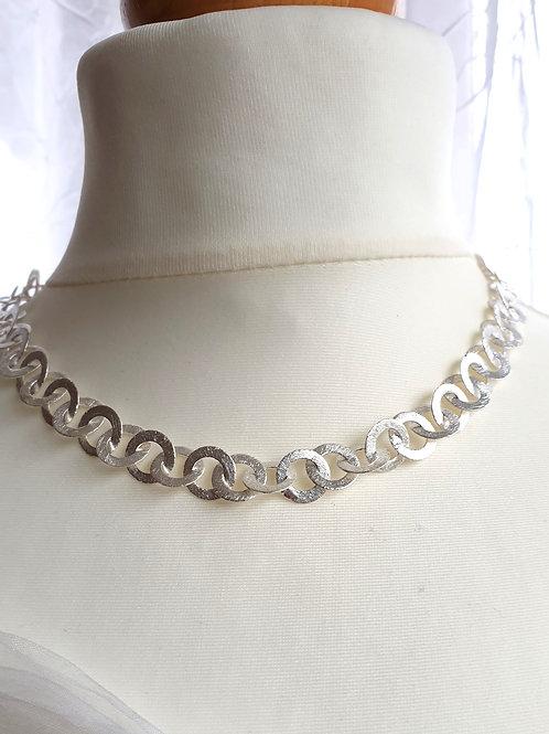 Modisch-elegante Halskette Silber