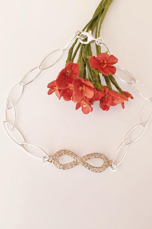 """""""Ewige Liebe"""" - Armband aus Silber und Rohdiamanten"""