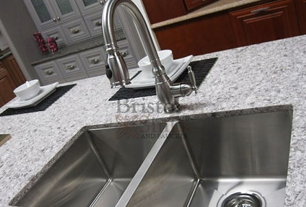 Sinks & Faucets | Granite Mirage | Montreal