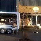 Remorque et Boutique en bois.jpg
