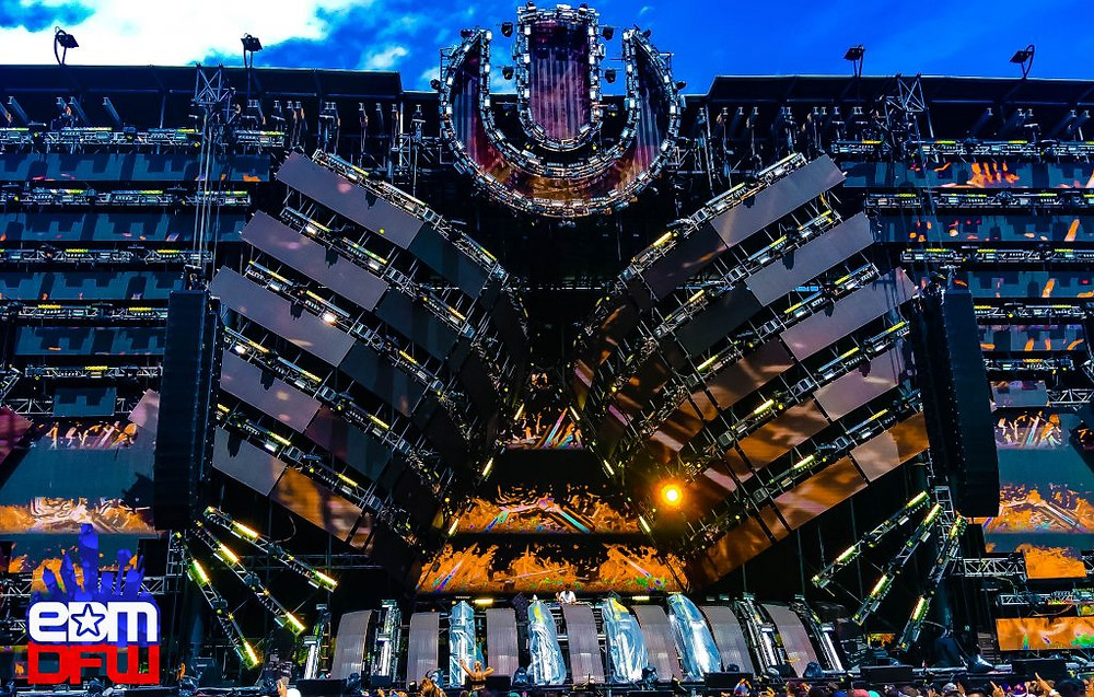 Mainstage at Ultra