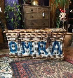 OMRA Lidded Laundry Basket