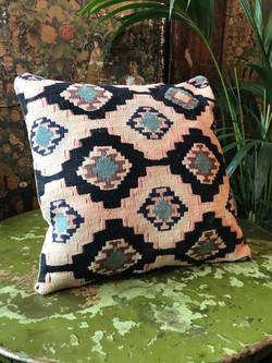 Kilim Cushion (2)