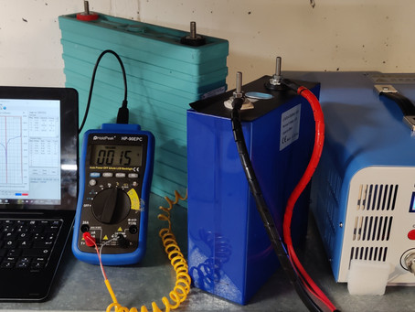 Einzelzellentest und Tiefentladene Batterien