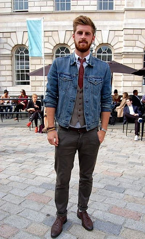 493e75d58a Many men approach their casual style from the wrong angle; they aim to look  youthful. But if you want to look well-dressed, you should always aim to  look ...