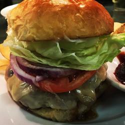 Skillet Burger Deluxe