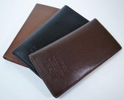 上質フェイクレザー大人の長財布