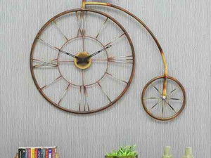 Enrich The Ambience With Cycle Watch Wall Art