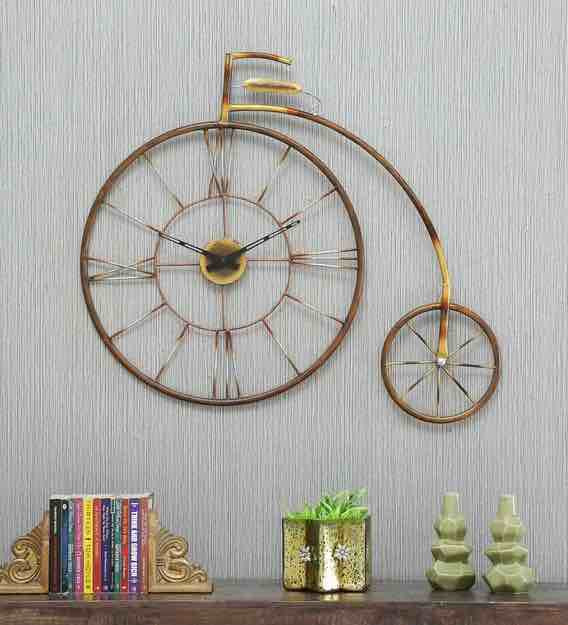 Enrich Your Home Ambience With This Cycle Watch Wall Art
