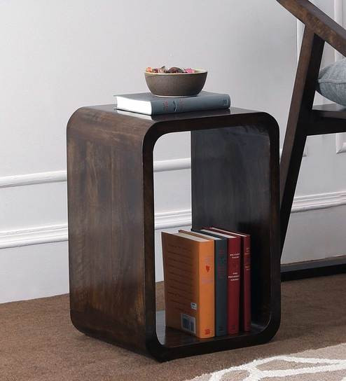 Beautiful Cubic Wood End Table: Ideal Interior Piece With Storage Capacity