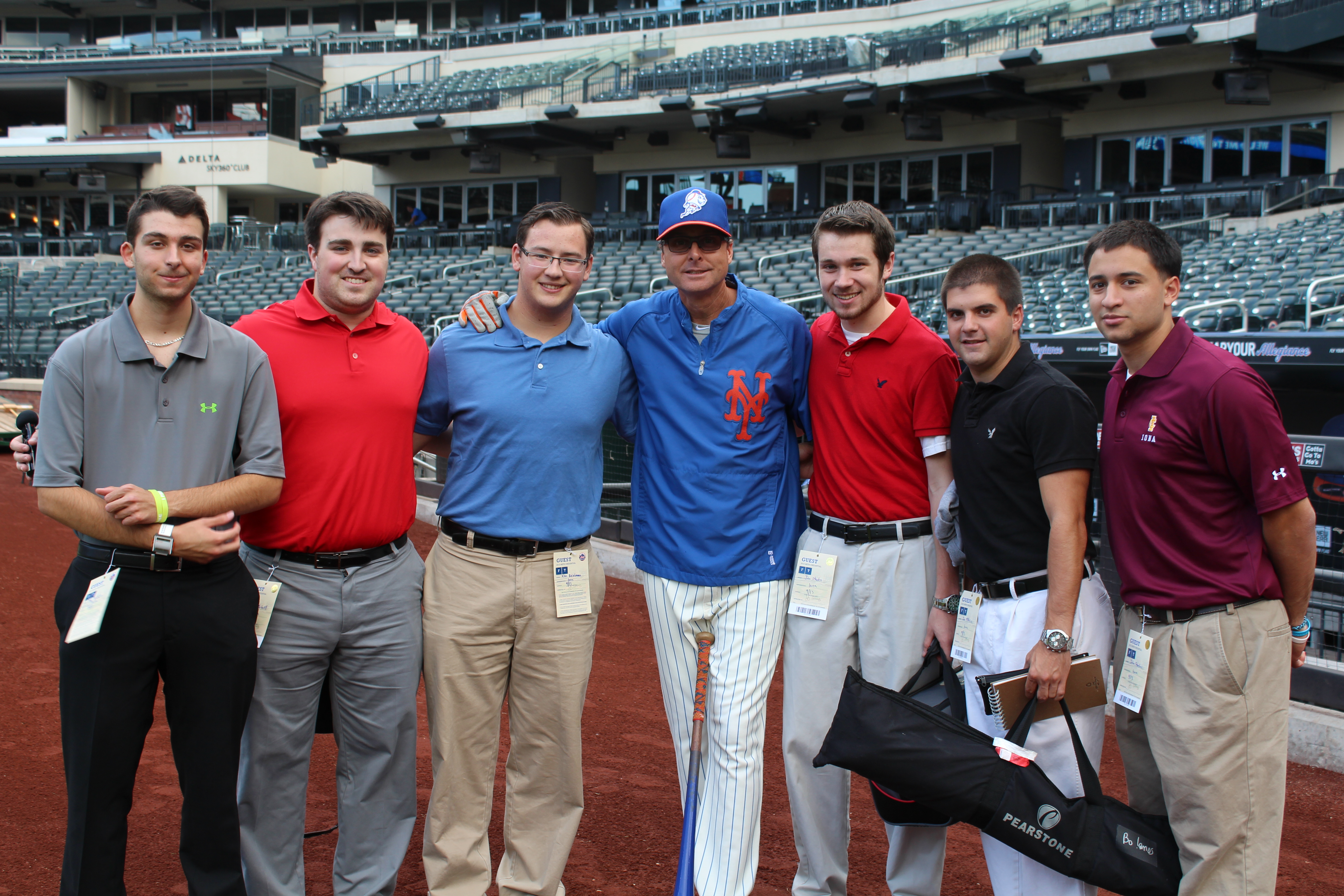 Broadcasting Bunch with Tim Teufel