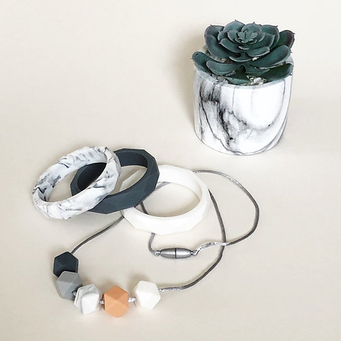 Peach and Marble Jewellery Set