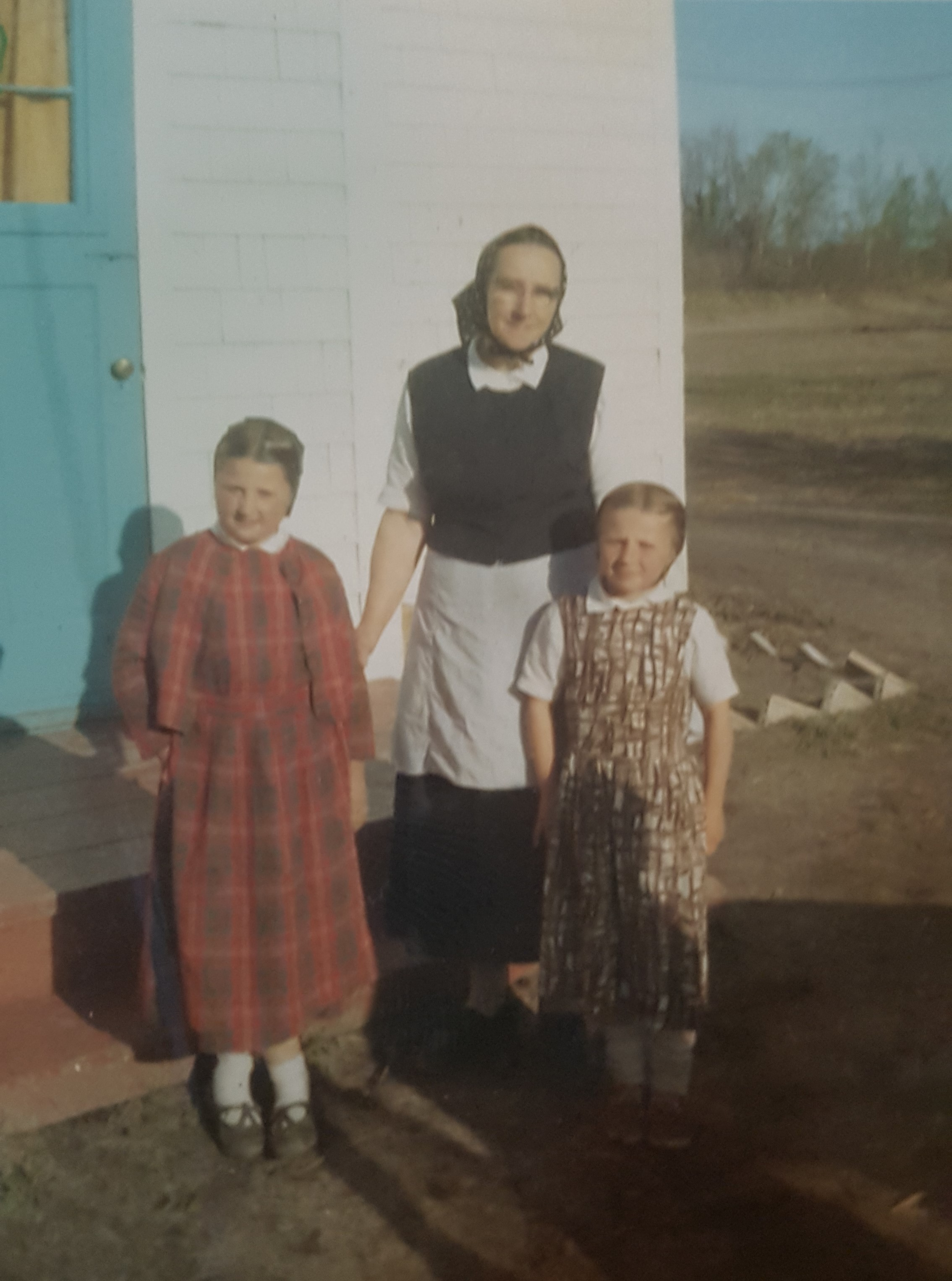 Hutterite Headlines Blog
