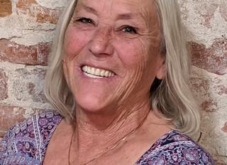 Get to Know Linda Mello