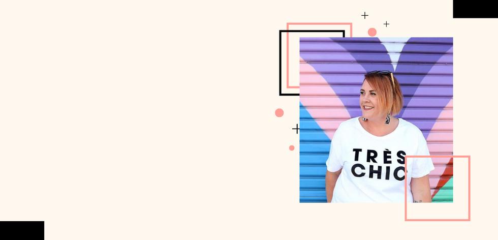 Bright Graphic Designer Portfolio Websit