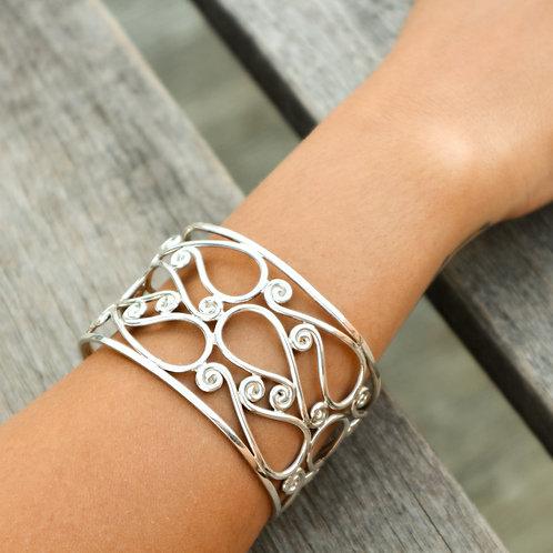 Lolypop Cut Out Bracelet | Handmade Swirl Pattern Design