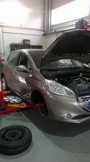 Revisão Peugeot