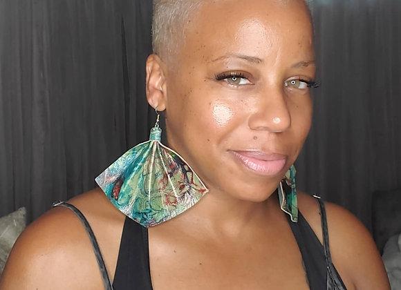 Genuine Tie-Dye Fan Style Leather Earrings (Azul)