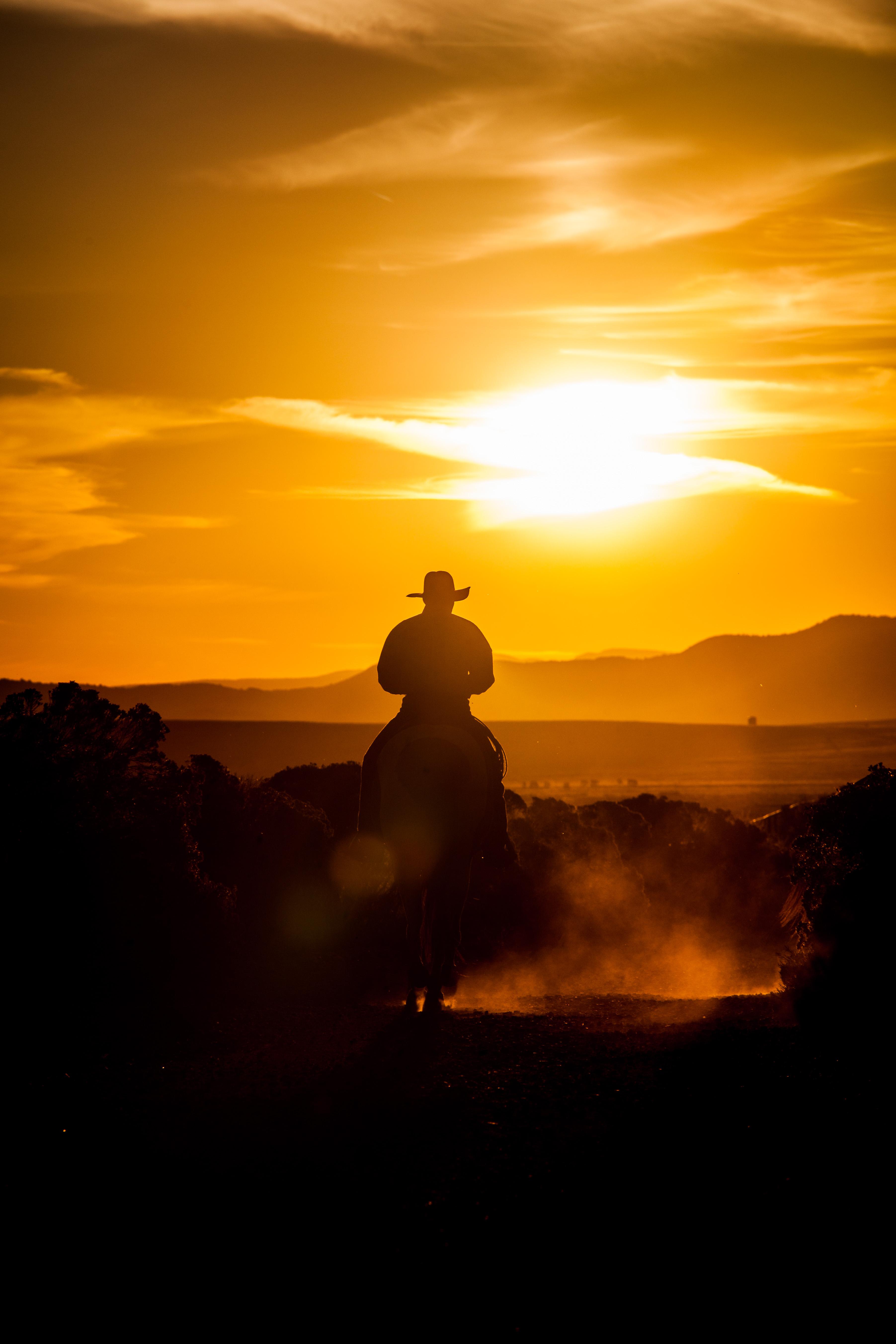 Marchettiphoto_Western.jpg